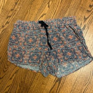 JOIE FLORAL SILK SHORTS SIZE M - NEVER WORN